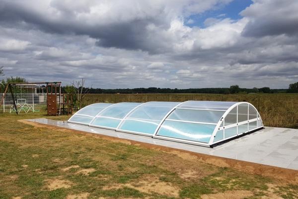 installation-abri-piscine-2019-15FAD5C0D1-3816-1DB0-84B8-B79C006F64BA.jpg