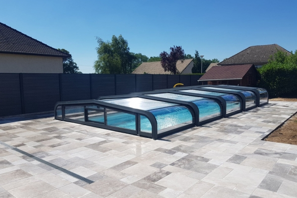 installation-abri-piscine-2019-512C9C35EB-833B-4305-9737-5B94D5C0EBF3.jpg