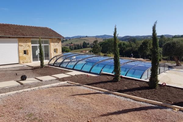 installation-abri-piscine-2019-55C9FF140F-D879-698F-F61A-8665F326D71C.jpg
